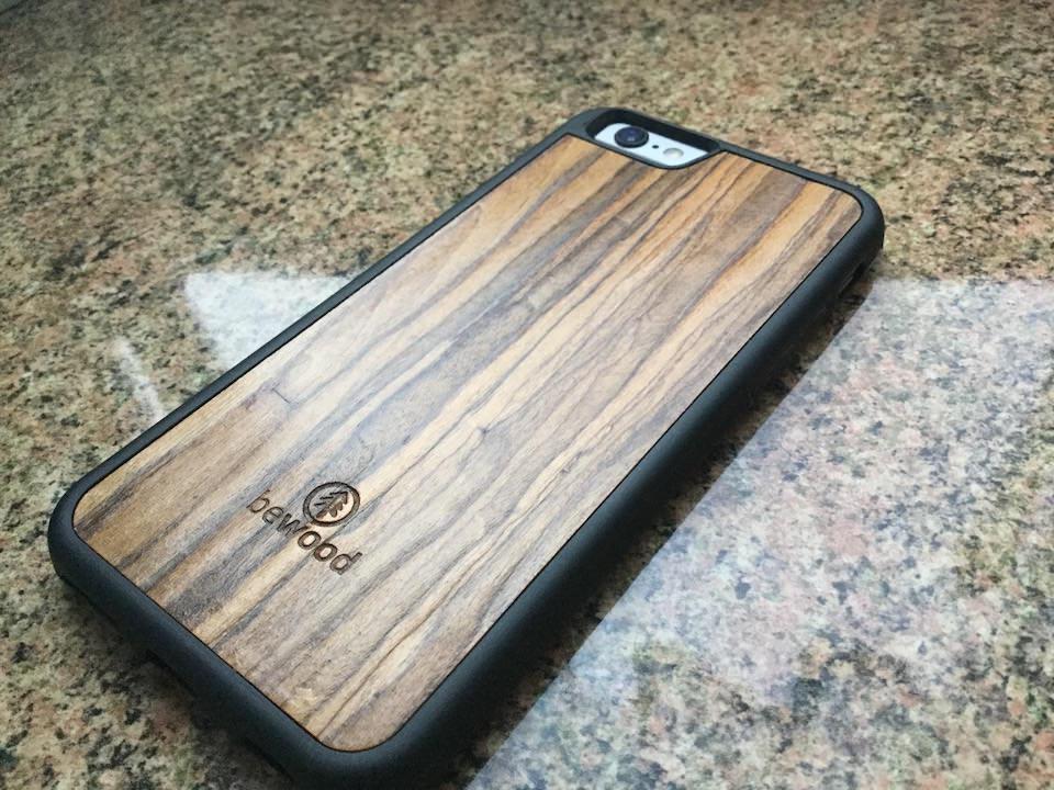 Bewood drewniane obudowy dla iPhone 1