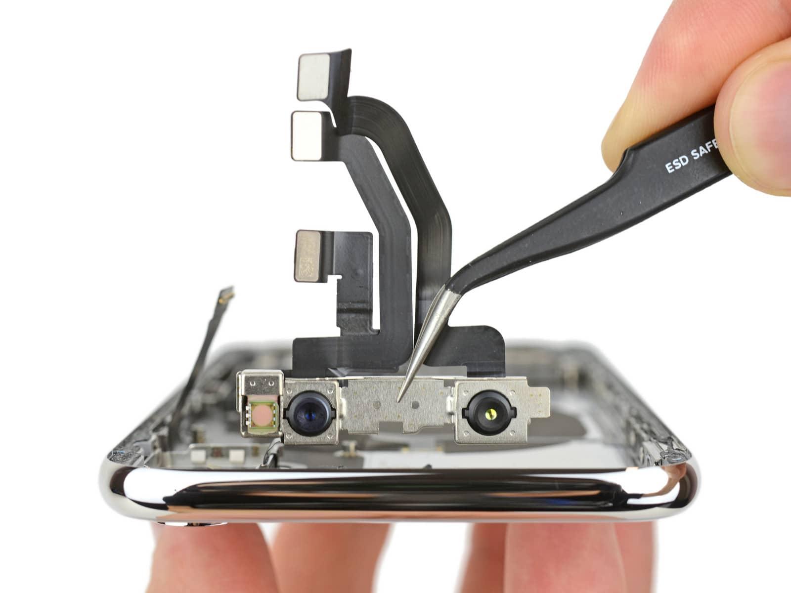 iPhone X rozebrany na czesci przez iFixit 7